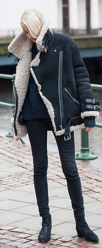 Winter Fashion 2015. Loving this Navy Shearling Jacket. ::M::