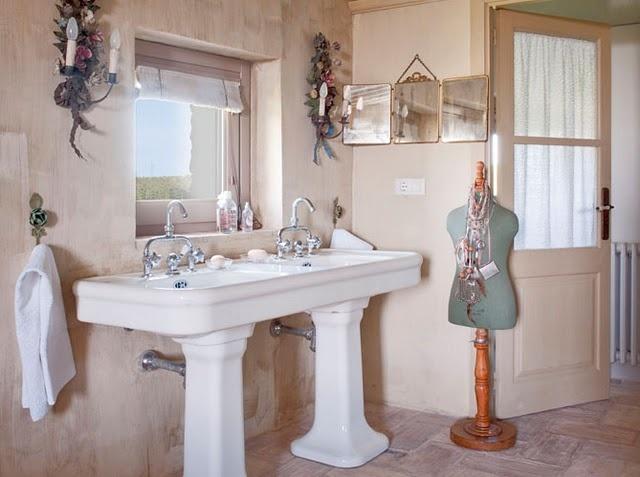 Double Pedestal Sink : double pedestal sinks? Bathroom love Pinterest