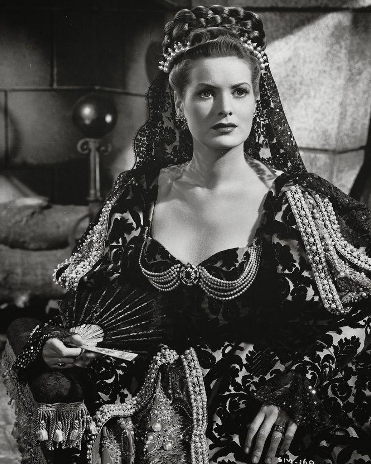 """Maureen O'Hara in """"The Spanish Main"""" (1945)"""