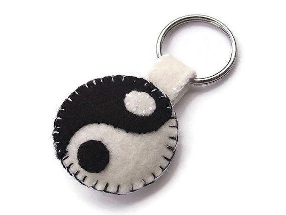 Yin Yang keychain, yinyang key ring, plush key fob, felt ying yang by PeachPod, $6.00 #keychain #keyring #accessories #felt #plush #yinyang