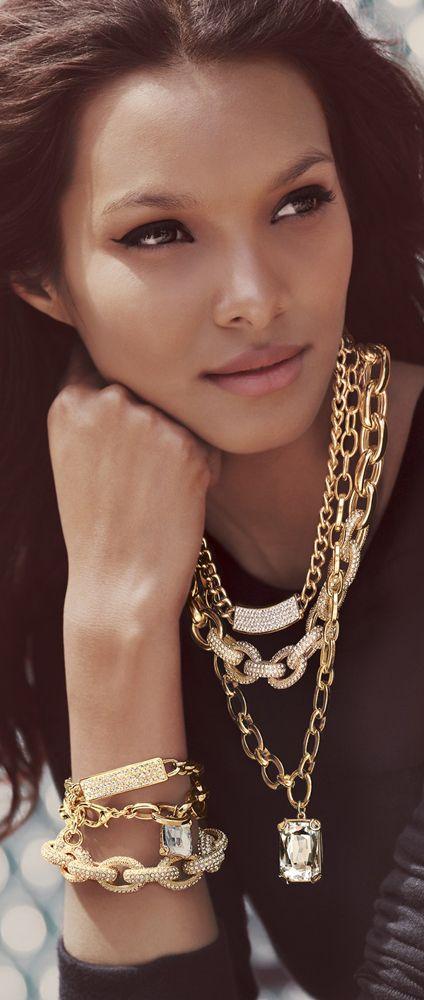 Pave Link Bracelet http://www.sadeesays.com/shop/shay/shay-df1002-gold-invisible-bracelet/
