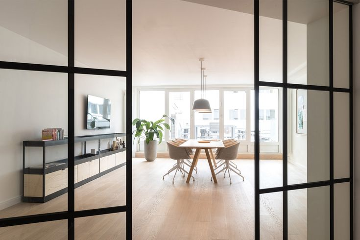 31 best coworking spaces images on pinterest office designs coworking space and office spaces. Black Bedroom Furniture Sets. Home Design Ideas