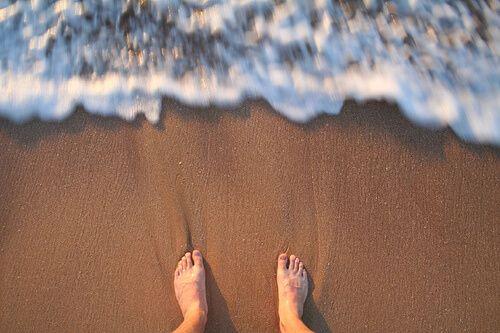 Rimedio naturale da preparare in casa per le unghie incarnite del piede