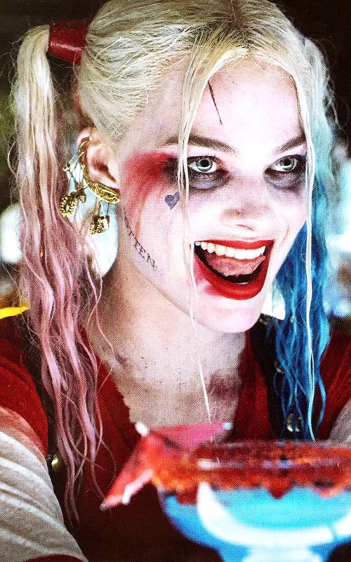 Harley Quinn Suicide Squad makeup