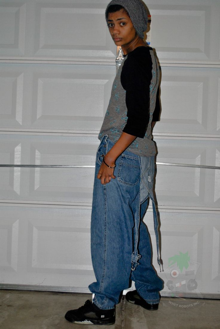 Baggy overalls and J's | LESBIAN FASHION | Pinterest ...