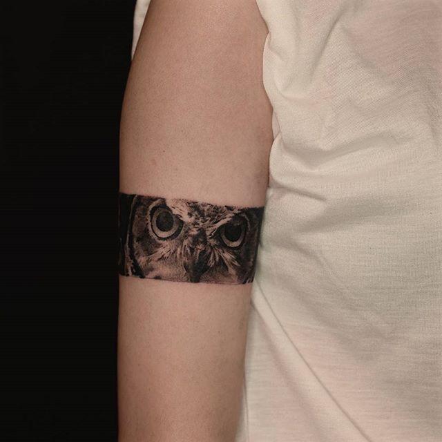 17 meilleures id es propos de tatouage bande au poignet sur pinterest tatouages sur le bras - Tatouage bande bras ...
