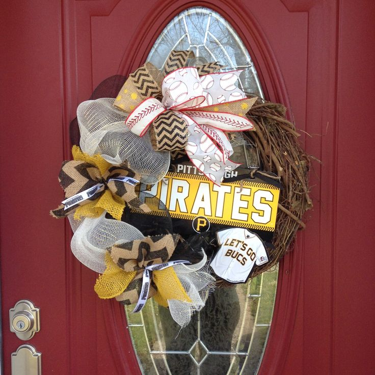 Pittsburgh Pirates Wreath, Let's Go Bucs, Pirates Wreath, Baseball Wreath, Raise the Jolly Roger, Pirates Baseball, Major League Baseball, Pittsburgh  LET'S GO BUCS! Spring is here and so is BASEBALL! Get ready for the season with this awesome Pittsburgh Pirates wreath to show your Pittsburgh pride! This needs to go on your front door ASAP and