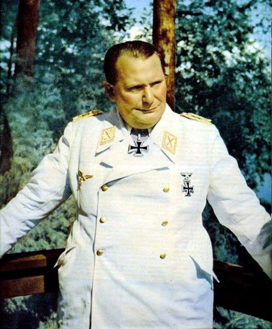 * Reichsmarschall Hermann Göring, Oberfehlshaber Der