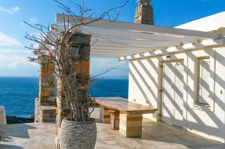 House in Kéa, Greece. Our Beautiful Secluded villa in Kea right over the sea, with its private sea water pool, offers serenity and relaxation. The island of Kea is full of tastes, culture, trails, archeology and only 1 hour away from Athens, 2 hours away from the airpo...