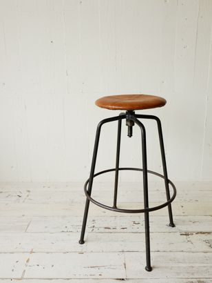 TRUCK|TRUCK-ZAKKA|167. SUTTO HIGH STOOL