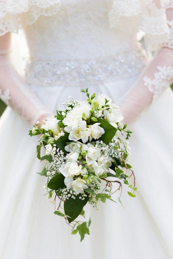 best 25 vintage wedding bouquets ideas on pinterest. Black Bedroom Furniture Sets. Home Design Ideas