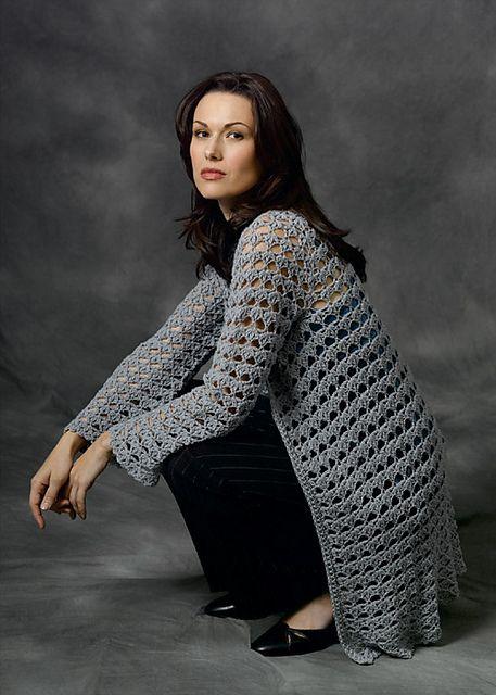 woman's cardigan #crochet