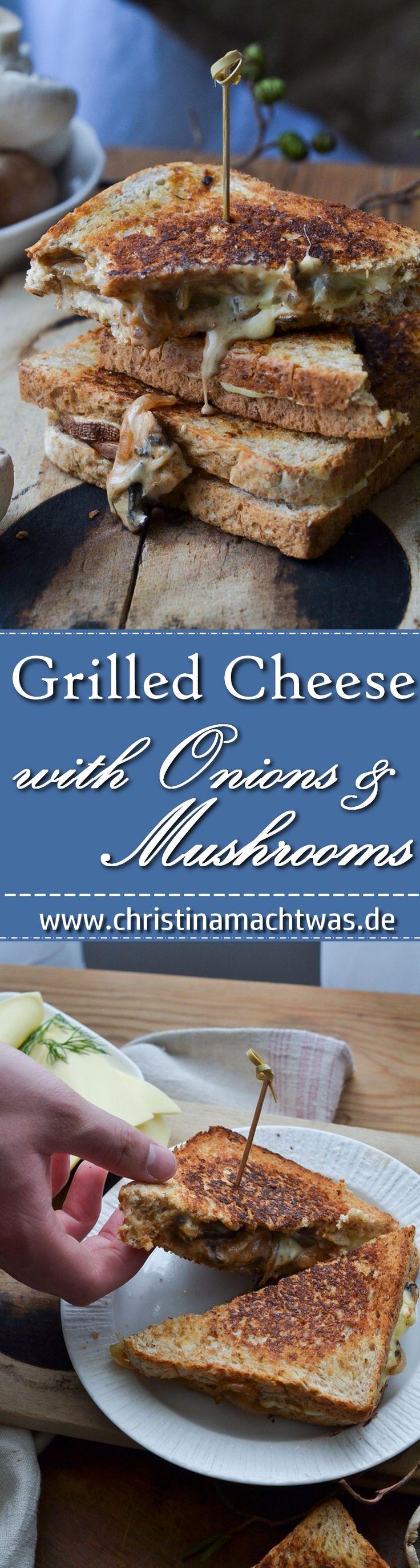 Knuspriges Brot, geschmolzener Käse und würzige Zwiebeln & Champignons. Das macht ein herrliches grilled cheese Sandwich aus.  ___________________________ Easy Homemade grilled Cheese Sandwich with onions and mushrooms.