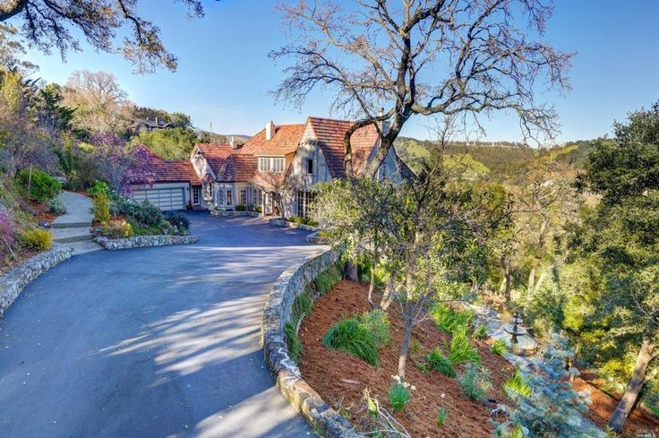 300 Oak Ave, San Anselmo, CA 94960 -  $3,350,000 Home for sale, House images, Property price, photos