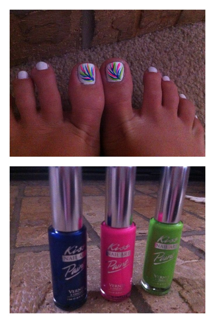 In need of getting my toes done . Looks like a pretty cool design :)