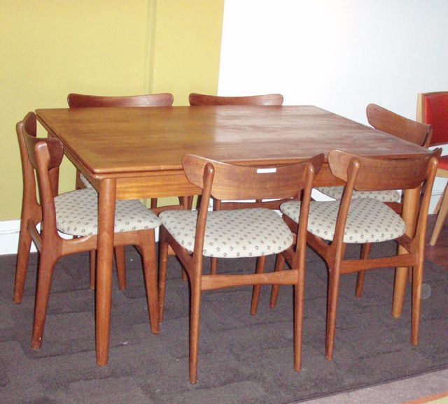 vintage danish modern teak dining room set teak table has leafs and table comes with matching chairs in original danish print fabric