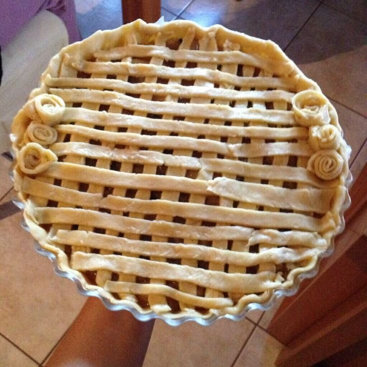 apple pie (not baked yet)