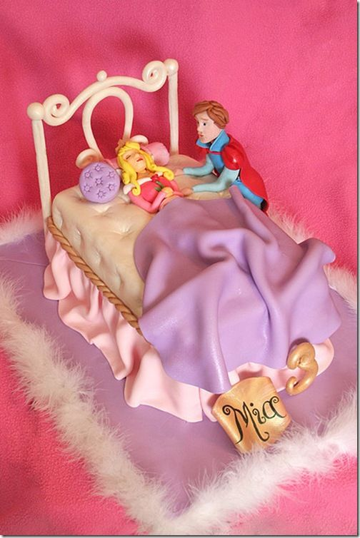Spectacular Sleeping Beauty and Prince Phillip Cake