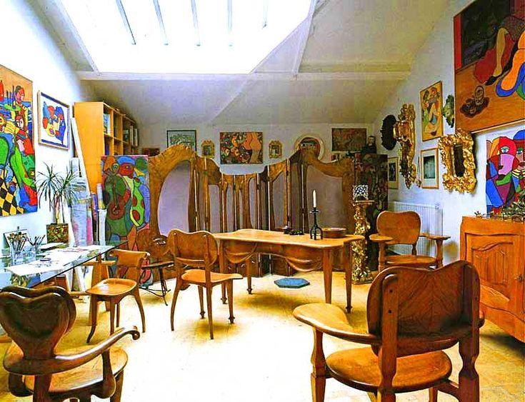 Muebles dise ados por gaud para la casa batll coleccion for Gaudi muebles