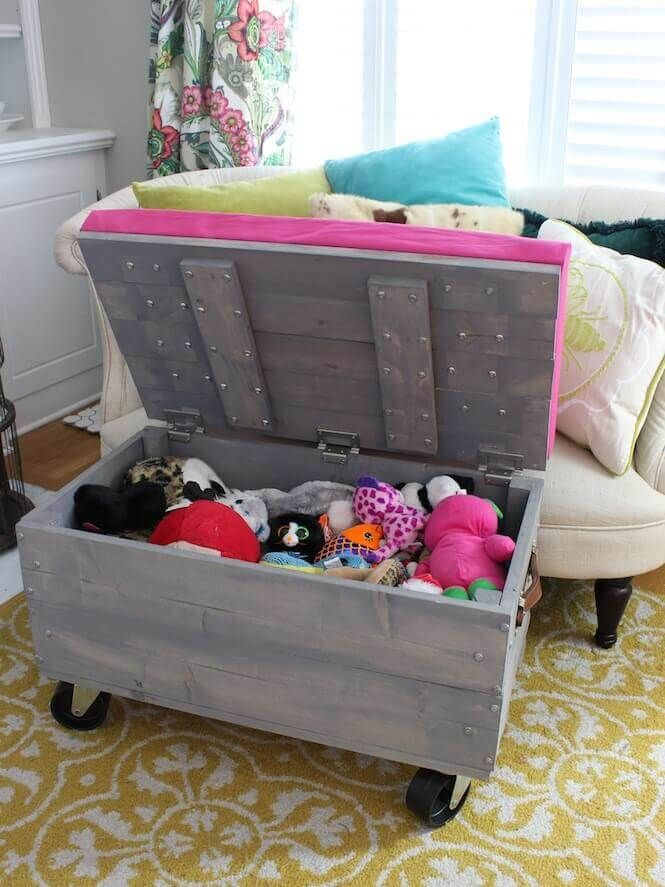 15 Stuffed Animal Storage Ideas To Organize Your Kid S Room In A Fun Way Small Kids Room Diy Storage Room Diy