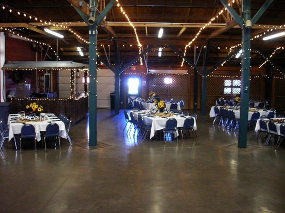 Fairview Farms Corral Barn Plano Texas Farmsbarn Weddingswedding Venuesparty