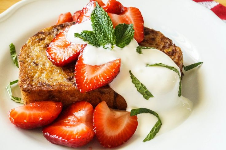 Scandinavian French Toast with sliced strawberries and sweetened mint sour cream | Tara's Multicultural Table