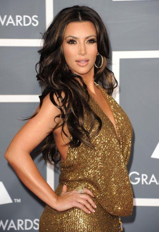 Kim Kardashian Bra Size, Age, Weight, Height, Measurements - http://www.celebritysizes.com/kim-kardashian-bra-size-age-weight-height-measurements/