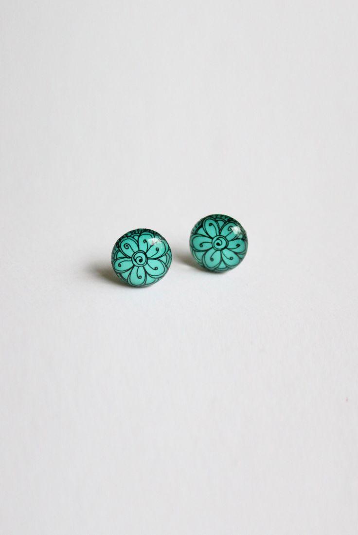 Cute turquoise stud earrings, by Kadrizinha, €12.45, #turquoise #earrings #studs #flower