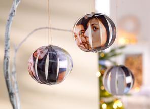 Weihnachtsbaumkugeln aus Fotos basteln|Pixum