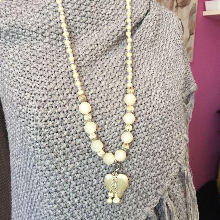 Een persoonlijke favoriet uit mijn Etsy shop https://www.etsy.com/nl/listing/520860511/polaris-beads-ibiza-gipsy-style-necklace