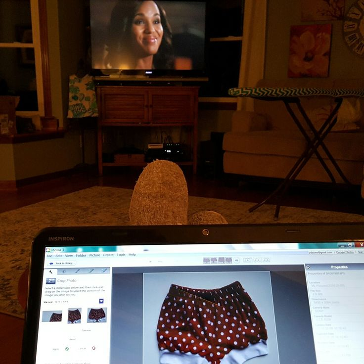 A little Thursday night TV while I edit my photos for new listings! Multitasking!