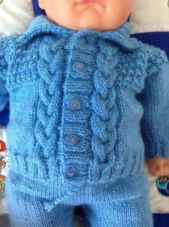 Recién nacido bebé niño que inicio suéter por Meganknits4charity