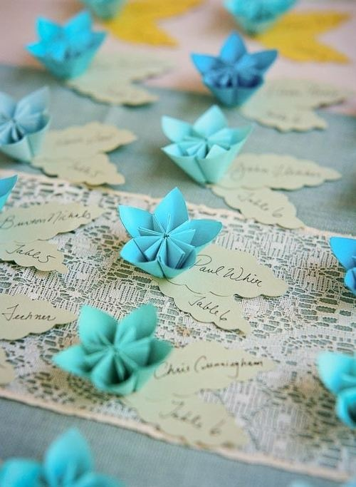 Wedding place cards with origami flowers