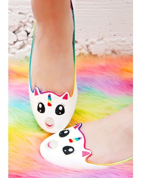 Unicorn shoes? Could the world be more awesome?