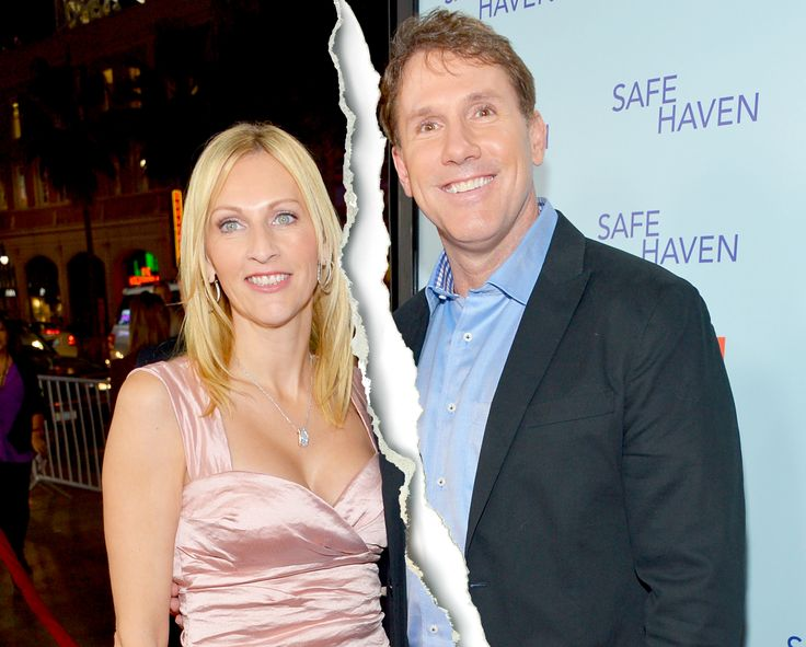 Nicholas Sparks Splits From Wife Cathy After 25 Years of Marriage