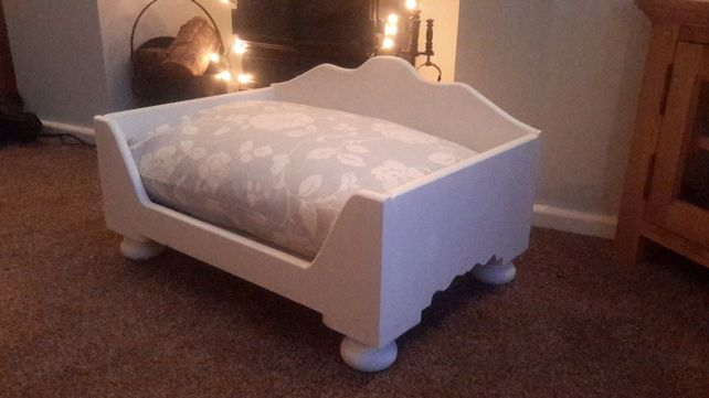 Hand Crafted Designer Wooden Raised Small Dog Cat Bed Bed Painted Farrow & Ball