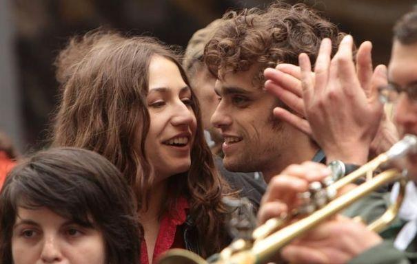 Mauvaise Fille #Izia et Arthur Dupont - What would the French Do #French #Cinema #Movie (Justine Lévy, Carole Bouquet, Bob Geldof)