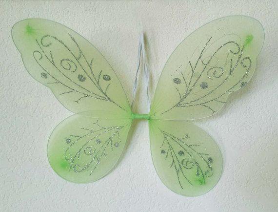 les 25 meilleures id es de la cat gorie ailes de f e sur pinterest ailes de f es ailes d 39 ange. Black Bedroom Furniture Sets. Home Design Ideas