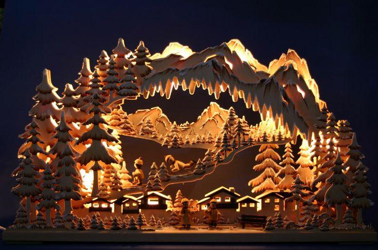 Расскажу сегодня о красивой немецкой предрождественской традиции. В Европе окна домов перед рождеством часто украшают светильниками. В некоторых районах Германии эти светильники особенно красивы. Вот что я про них прочитала: Называется такой немецкий светильник Schwibbogen . Этот деревянный…