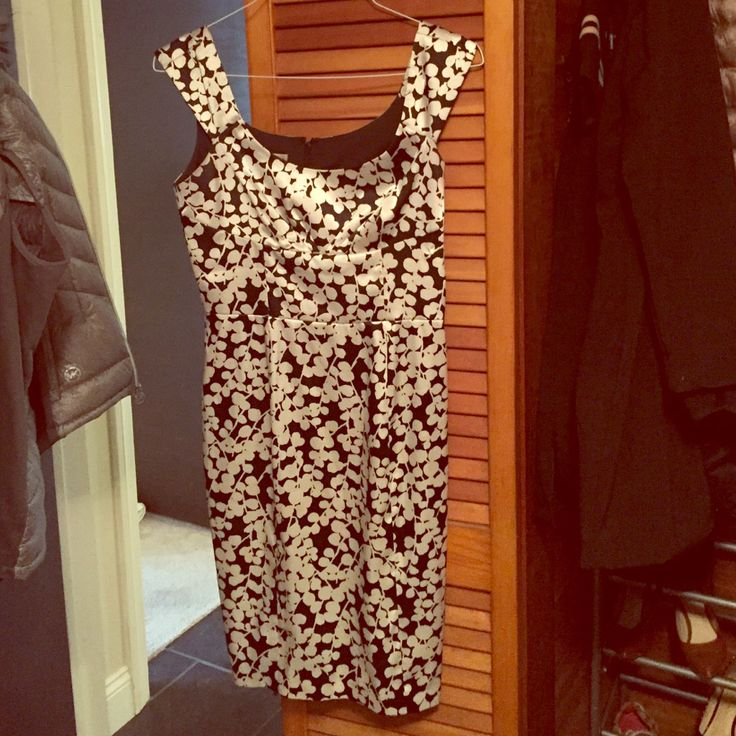 Maggs London Silk White And Black Dress.