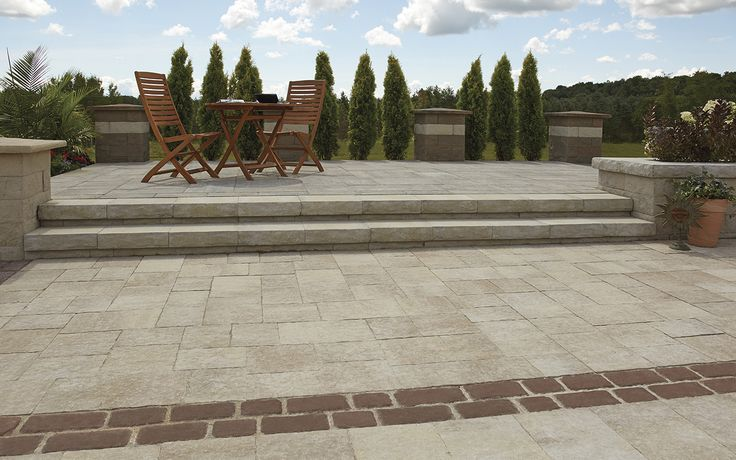 "Rockton's extended 18"" x 13"" dimensions makes an elegant wall coping or seat wall, while delivering a stable solution for landscape elevation changes."