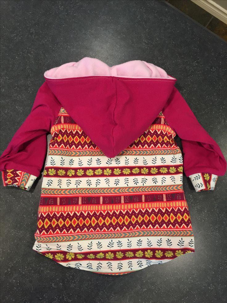 Little girl's hoodie, pattern Parka Black(y) by Freestyle Rocker via The Makerist