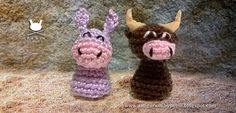 "Holy Family - Donkey and Ox - Free Amigurumi Pattern - PDF File - Click ""Donkey and Ox: Complete English pattern (pdf)"" in blue letters here: http://amigurumibypebie.blogspot.com.es/2014/12/new-free-pattern-nativity-set-ii-donkey.html"