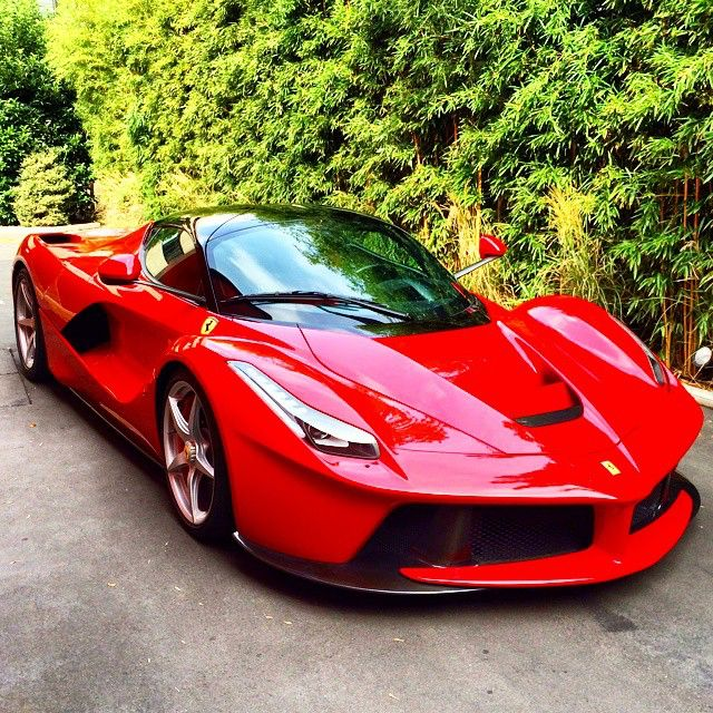 best 20 ferrari laferrari ideas on pinterest la ferrari ferrari and 2015 sports cars. Black Bedroom Furniture Sets. Home Design Ideas
