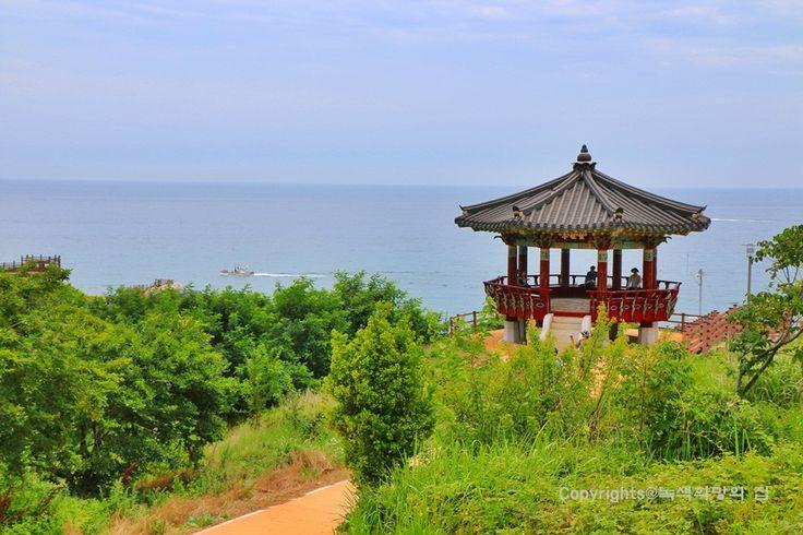 경북울진 후포리 여행 스타일<등기산공원 등대,후포항 갓바위> : 네이버 블로그