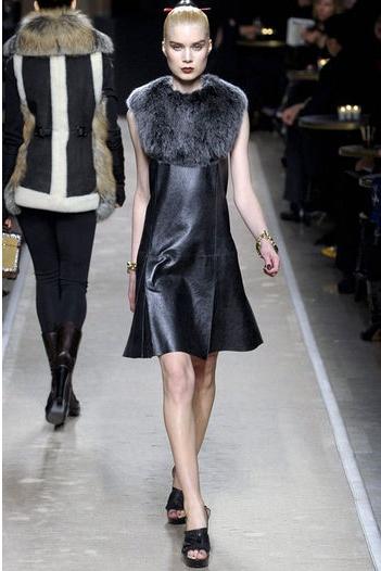 Vestido de cuero Loewe