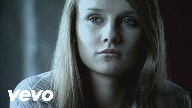 Ewelina Flinta - Zaluje - YouTube