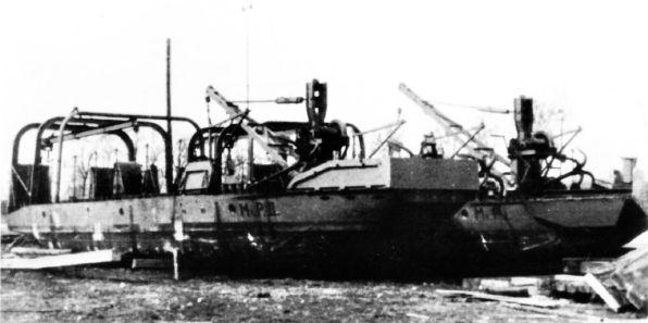 Škoda, Minové pracovní prámy MiP-I a MiP-II byly dodány v letech 1935 a 1936 a označeny jako minové pracovní prámy MiP-I a MiP-II.