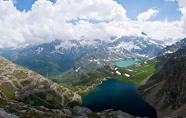 Il Colle del Nivolet: un  paradiso di colori tra laghi, nuvole e prati