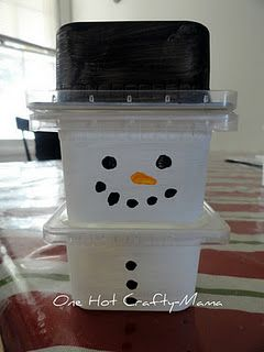 hot chocolate snowman tower -plastic baby food containers
